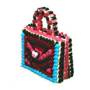 Un beau sac à main assorti à votre chaussure en bonbons